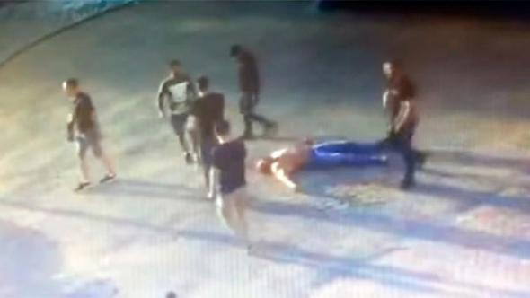 Dünya vücut şampiyonu dövülerek öldürüldü!
