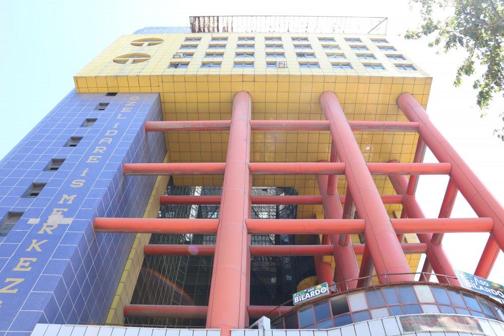 Dünyanın en saçma binası Kahramanmaraş'ta