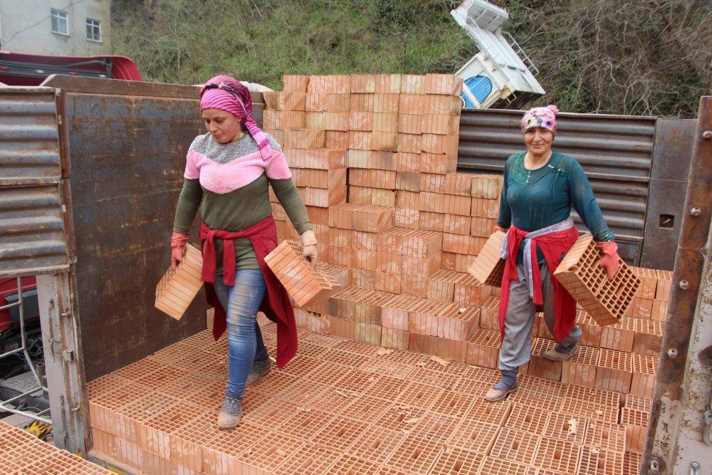 Trabzon'da kadınlar aile bütçelerine böyle katkıda bulunuyorlar