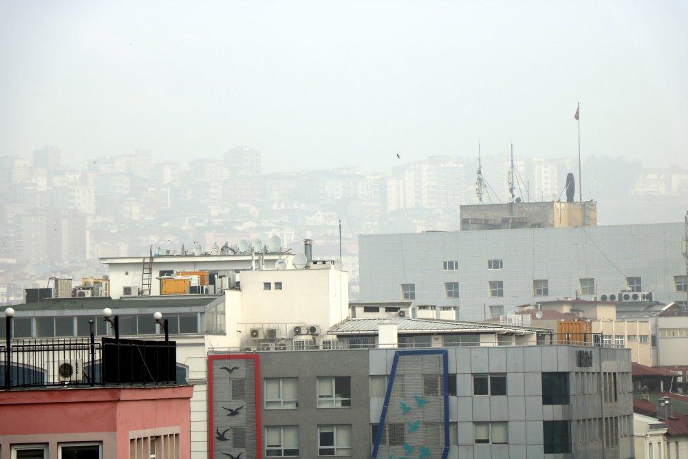 Samsun'da sisli bir gün