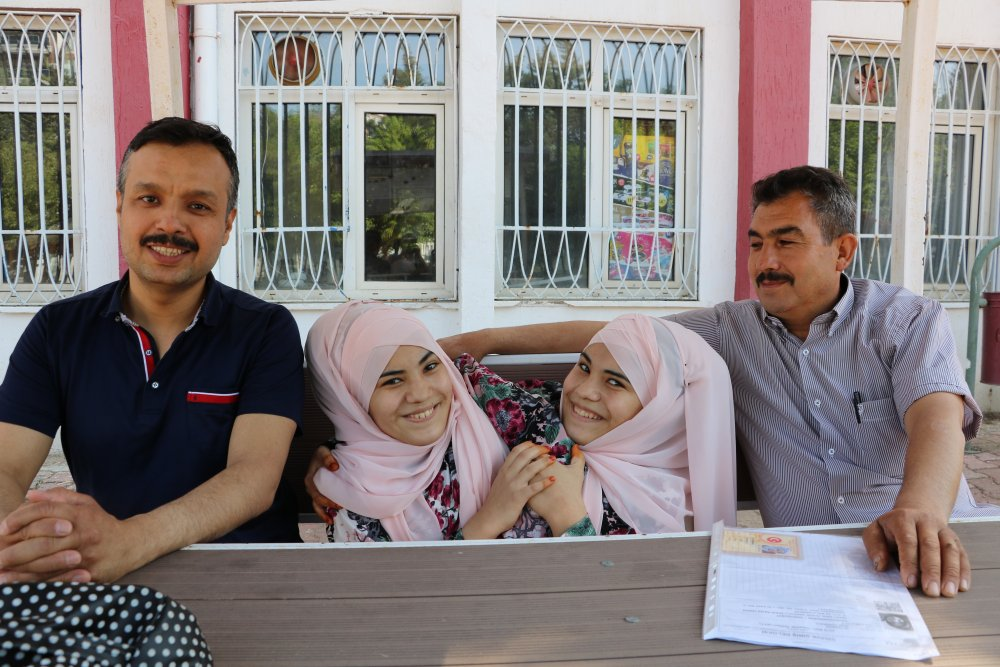 "Siyam İkizleri YKS'ye girdi - ""Trabzon'u istiyoruz"""