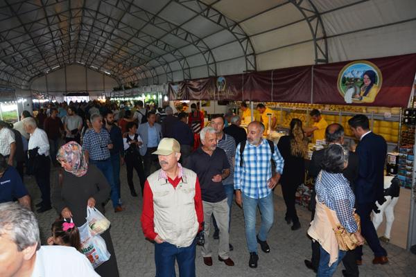 Trabzon'dan Ankara'ya 250 ton tereyağı geldi
