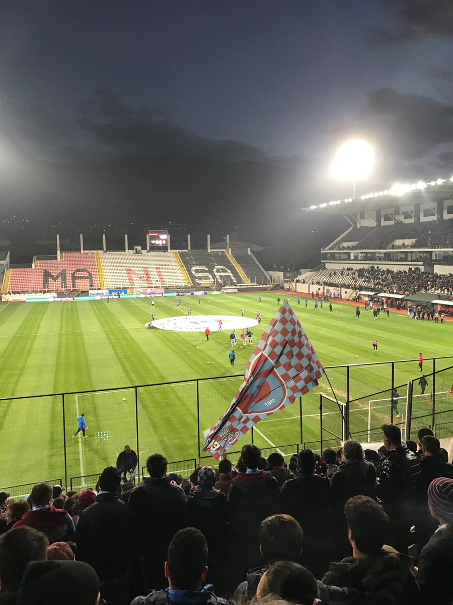 Trabzonsporluların coşkusu Akhisar'da