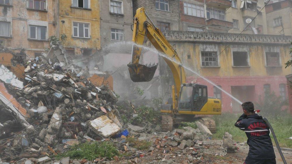 Çömlekçi'de yıkımlar yeniden başladı