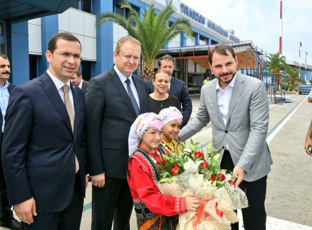 Enerji Bakanı Albayrak Trabzon'a geldi