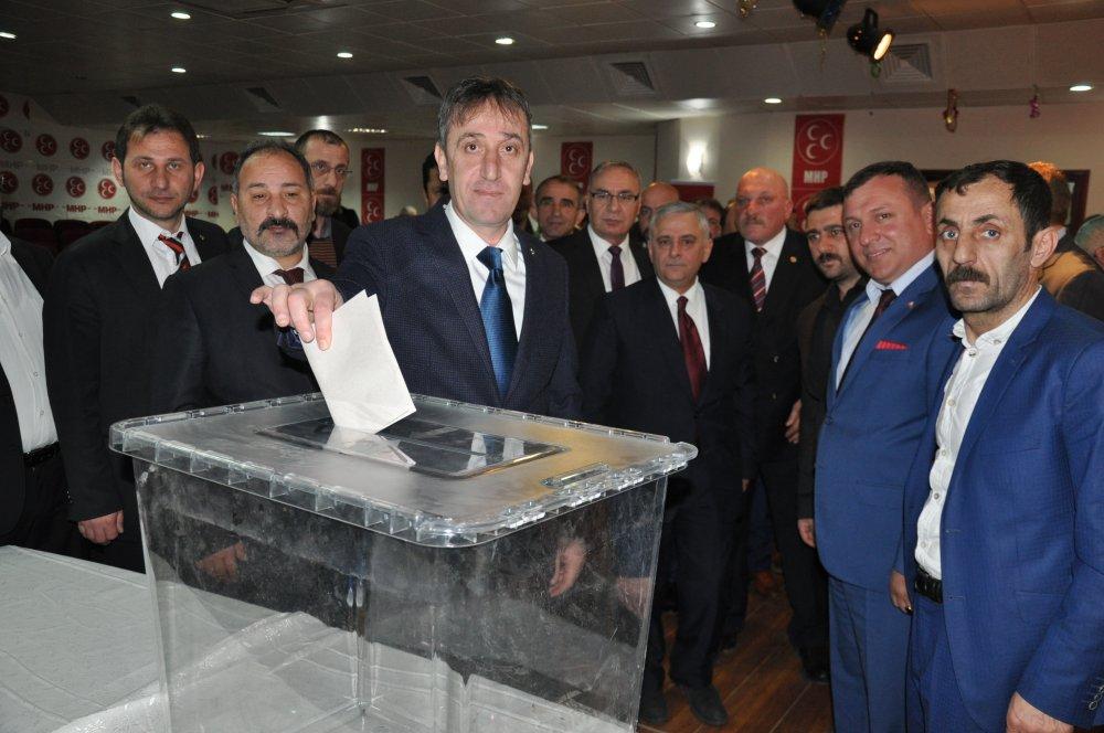 MHP Of İlçe Başkanı seçildi