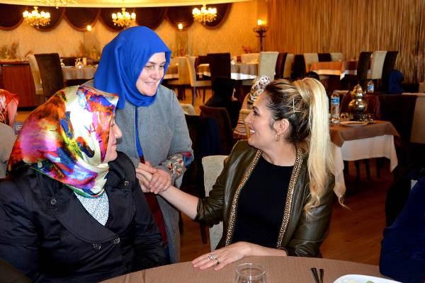 Şengül Yavuz engelli anneleri ile bir araya geldi