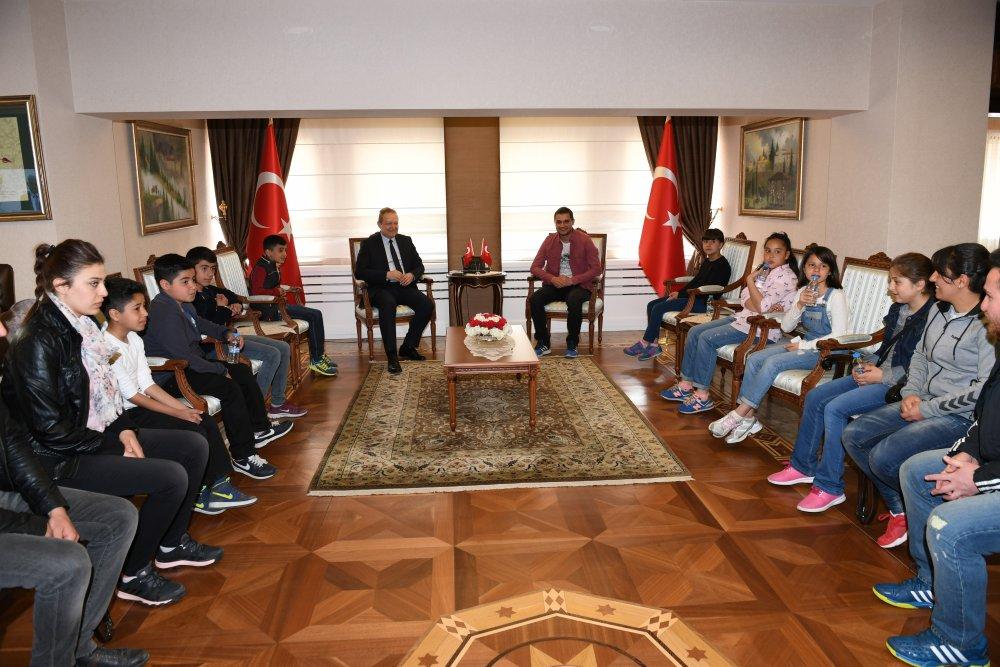 Tenis için Hakkari'den Trabzon'a geldiler