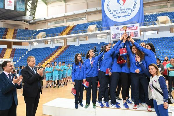Trabzon KYK takımları şampiyon oldu