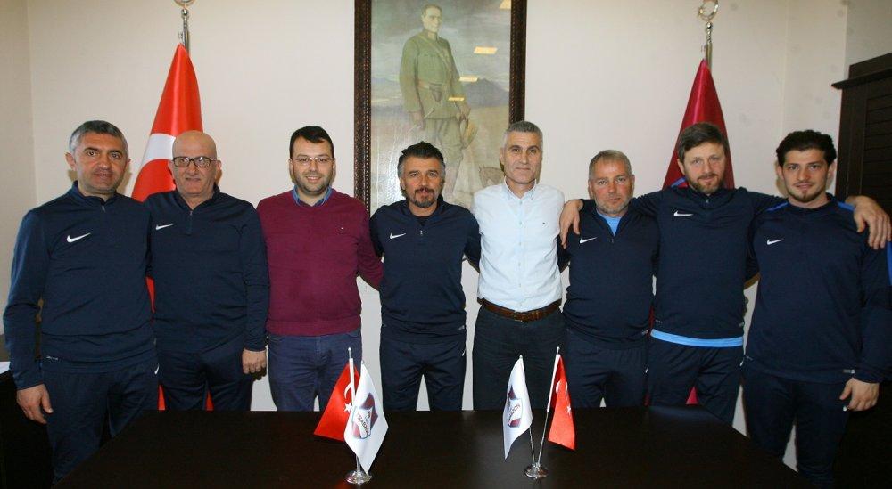 1461 Trabzon Turgut Kural'la sözleşme imzaladı!