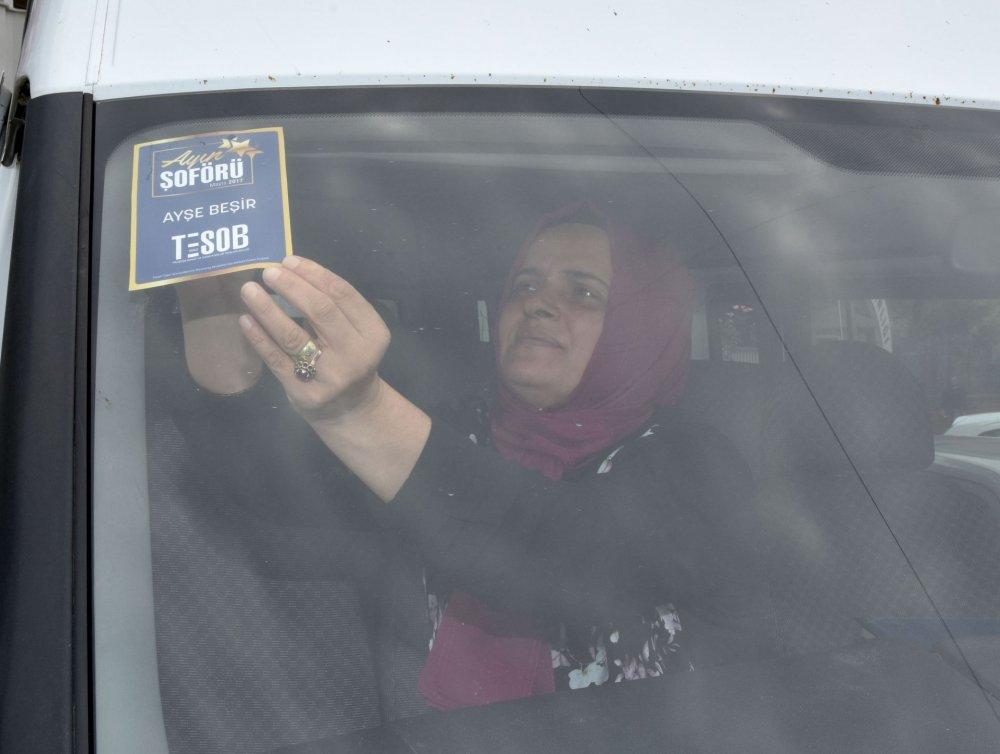 18 yıllık servis sürücüsü Ayşe Beşir ayın şoförü oldu