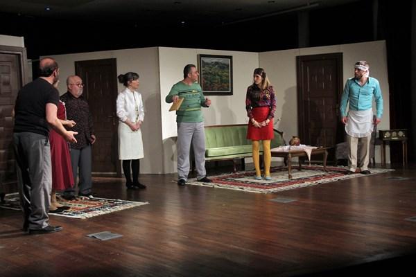 Akçaabat'ta Tiyatro günleri devam ediyor