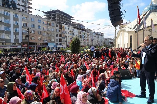 Sağıroğlu'ndan Gövde gösterisi