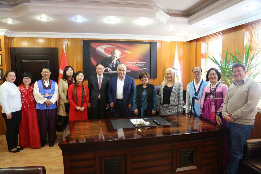 Korece Türkiye'de ikinci yabancı dil olacak