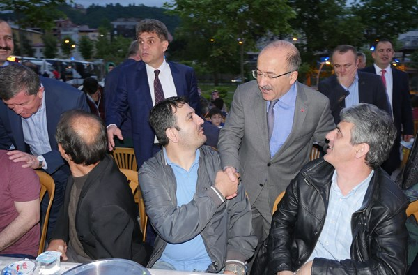 """Gümrükçüoğlu: """"Arsin'e yayla suyu getiriyoruz"""""""