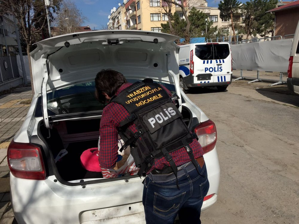 Trabzon'da Uyuşturucu operasyon: 3 Faslı yakalandı
