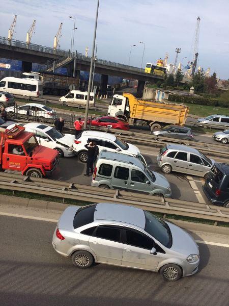 Trabzon'da zincirleme trafik kazası!