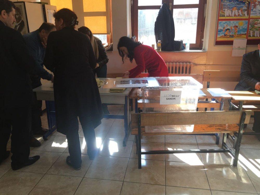 Trabzon'da oy verme işlemi bitti! Sandıklar kapandı