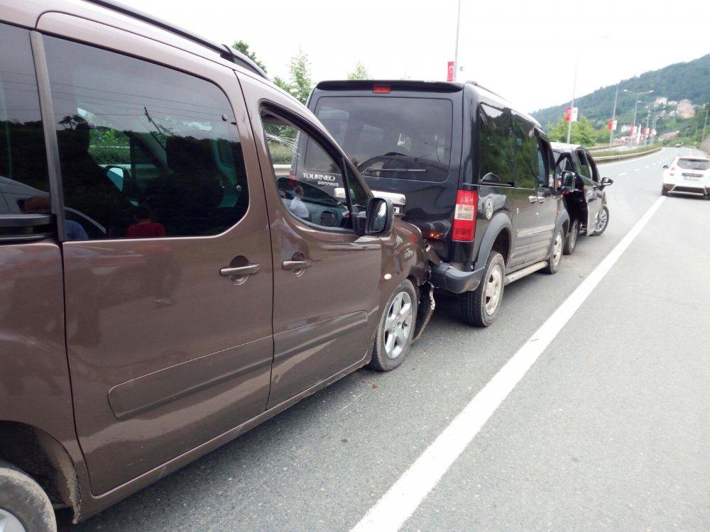Trabzon'da düğün konvoyunda kaza: 2 yaralı!