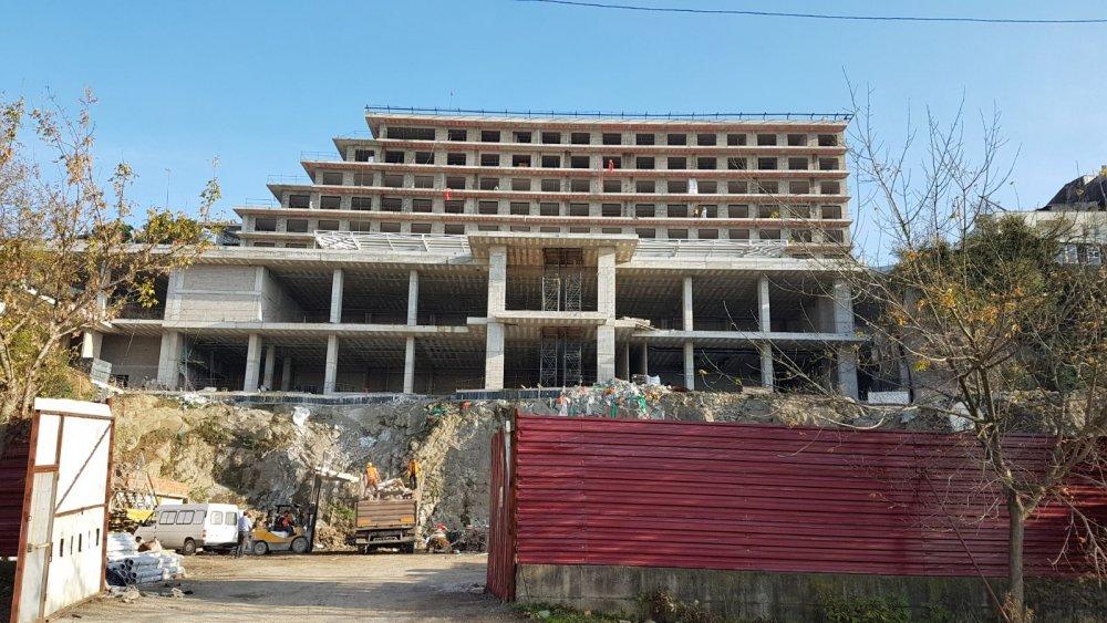 Pekşen: Boztepe yükselen otel Trabzon'a ihanettir