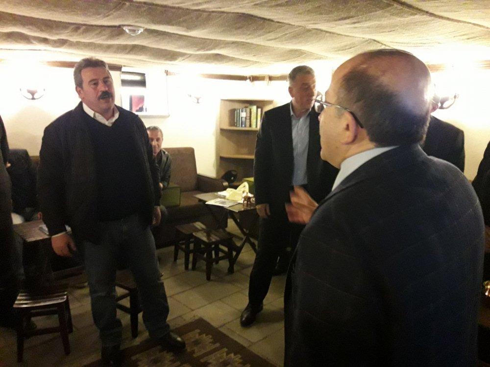 """Gümrükçüoğlu Servisçilerle konuştu: """"Kimse babamın oğlu değil kimseden akıl alacak değilim"""""""