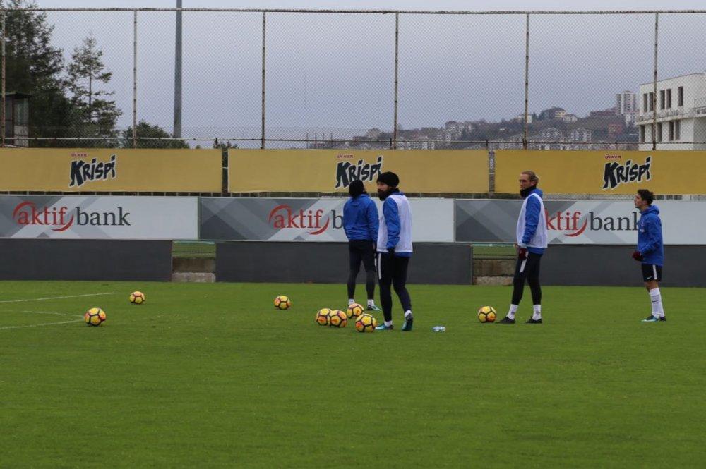Trabzonspor'da antrenman sonrasında özel çalışma
