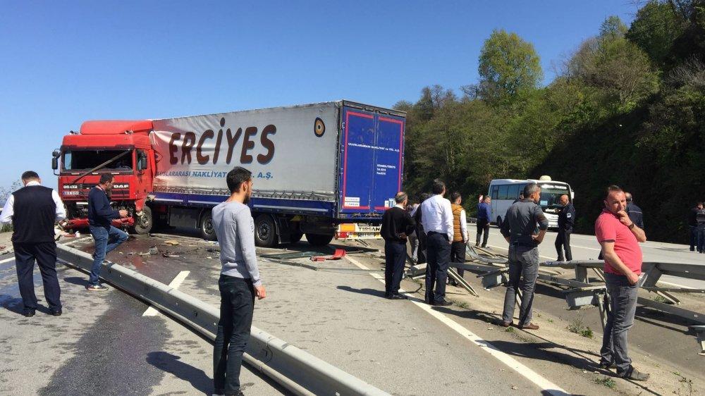 Beşikdüzü yolunda kaza: 1 yaralı
