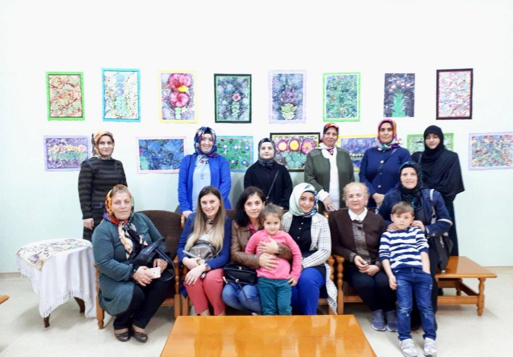 AK Parti Çarşıbaşı Kadın Kollarından Huzurevi ziyareti