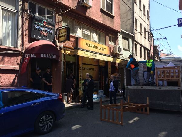 Trabzon'da 73 yıllık otel yıkılıyor