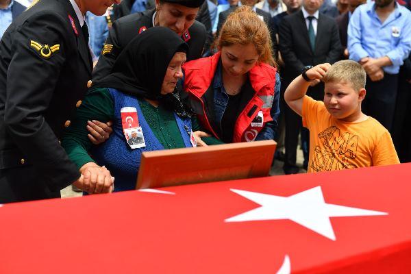 Trabzon şehidi Bahattin Baştan son yolculuğuna uğurlandı