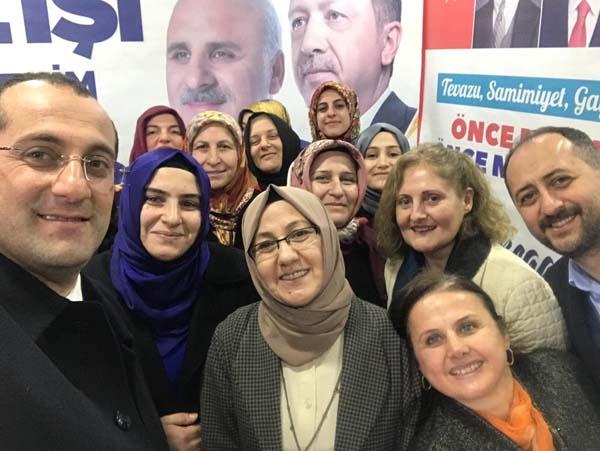 """Osman Nuri Ekim: """"Türk kadını geleceğe umutla bakmalı"""""""