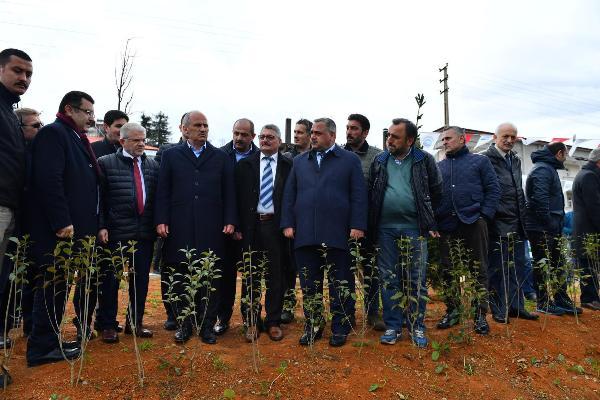 Başkan Genç, meyve ve hobi bahçesini açtı