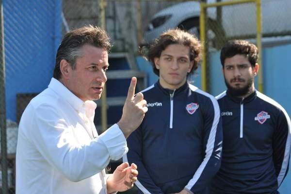 """Celil Hekimoğlu açık ve net konuştu: """"Seneye 2. Ligdeyiz"""""""