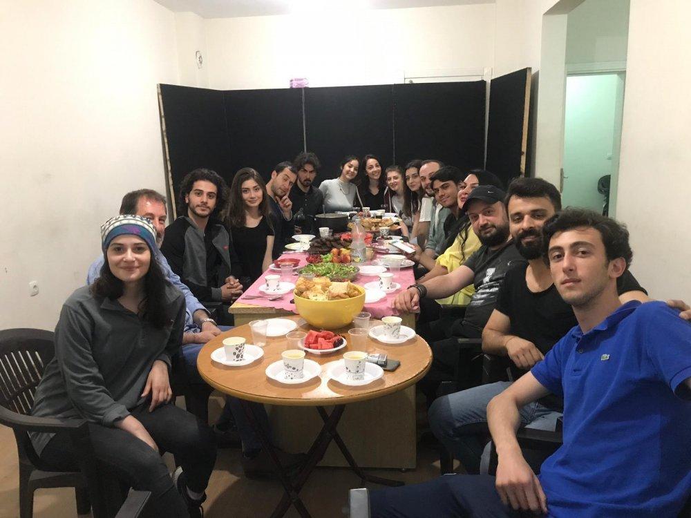 Trabzon'da tiyatrocular iftarda buluştu