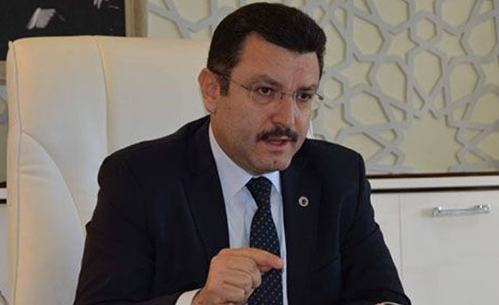 Ahmet Metin Genç kimdir?