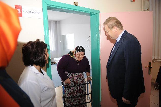 Vali Yücel Yavuz kurum ziyaretlerinde bulundu