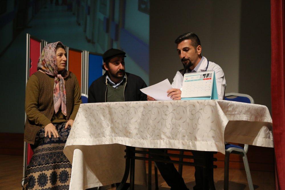 Doktorlar, organ nakli için sahneye çıktı