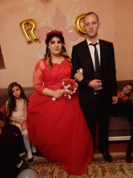 Karantinaları biten Rizeli aile evlerine döndü