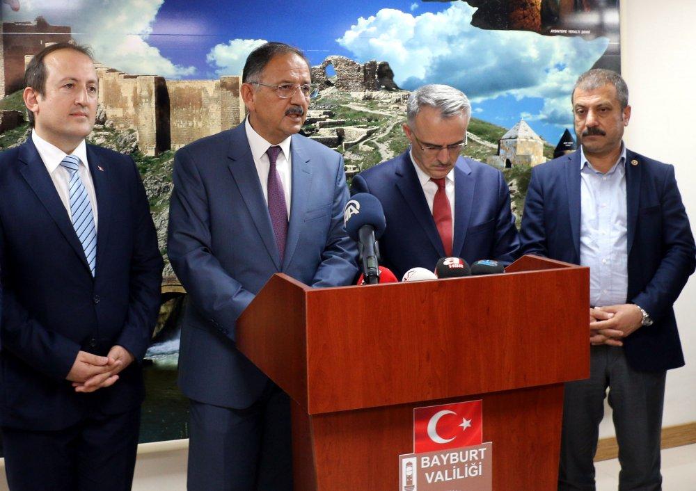 Bakanlar Özhaseki ve Ağbal kentsel dönüşüm için Bayburt'ta