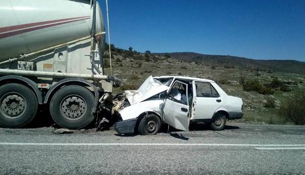 Beton mikserine çarpan sürücü öldü 4