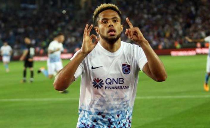 Trabzonspor'dan ayrıldı ayın futbolcusu oldu