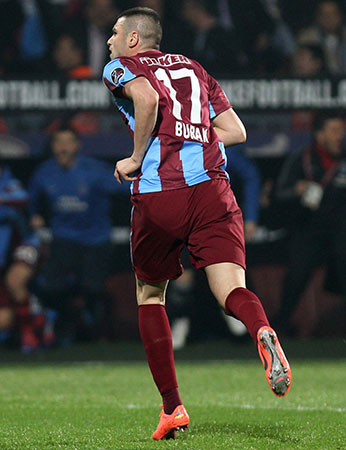 Trabzonspor'da 17 bilmecesi - Burak mı, Onazi mi?