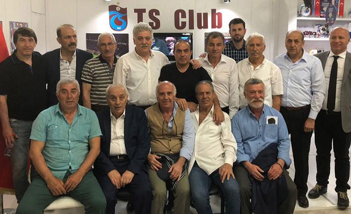 Meclis Başkanı'na Trabzonspor forması