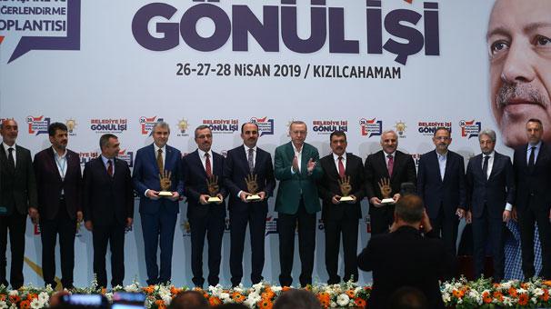 Cumhurbaşkanı Erdoğan Zorluoğlu'na ödül verdi