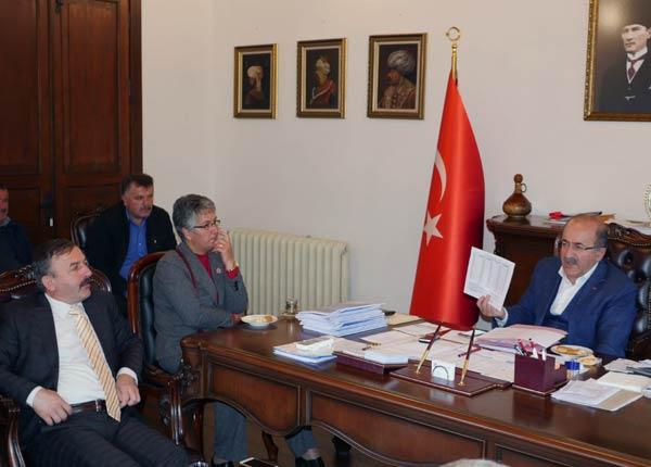 Çarşıbaşın'dan Başkan Gümrükçüoğlu'na ziyaret