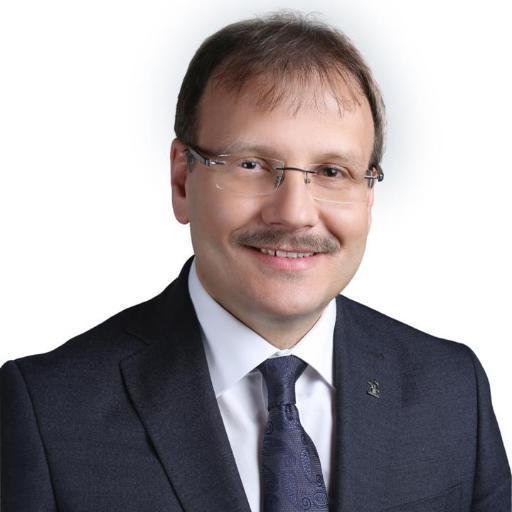 Hakan Çavuşoğlu Kimdir? Başbakan Yardımcısı Hakan Çavuşoğlu