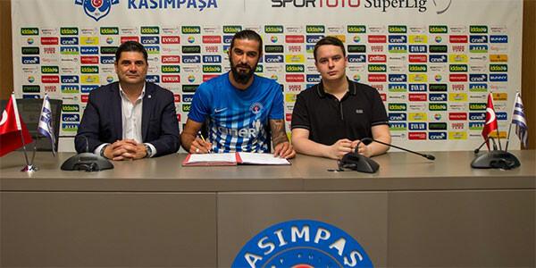 Eski Trabzonsporlu Fatih imzayı attı