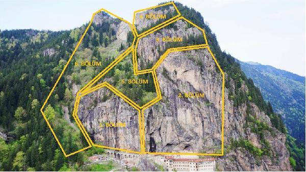 Sümela'da 360 tonluk kaya yerine sabitlendi