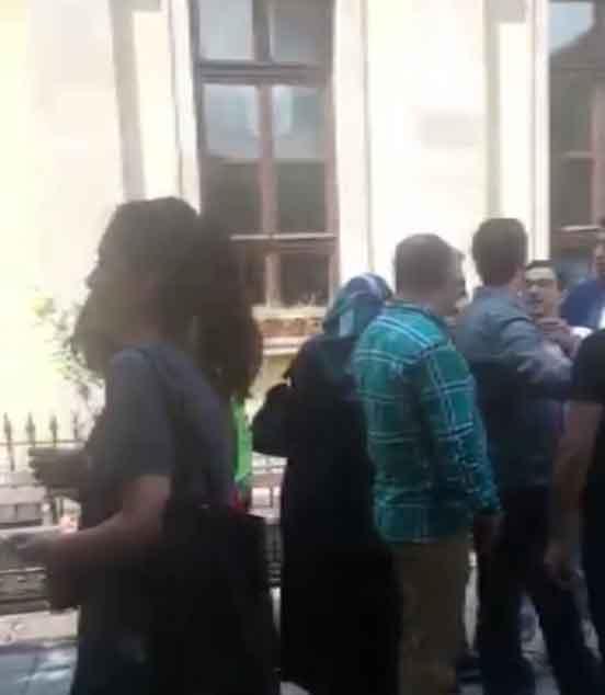 Trabzon'da sandıkta gerginlik - Milletvekili adayı ile sandık görevlileri...