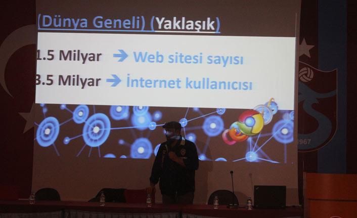 Trabzonspor Akademisinde emniyetten ders